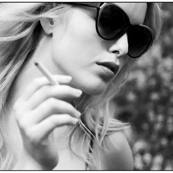 A blonde with sunglasses 2