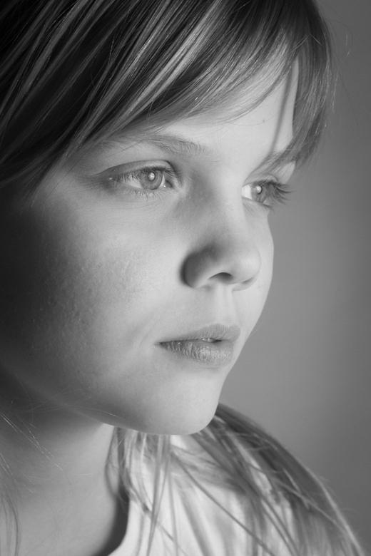 zwart wit portret - heel benieuwd wat jullie hiervan vinden.