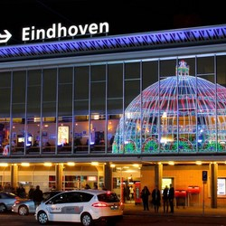 Glow - Station Eindhoven Centraal