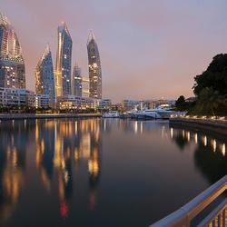 Singapore : Reflections.