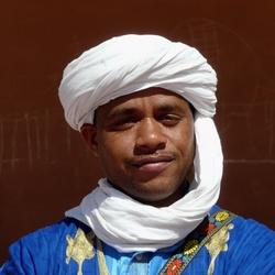 Zagora (Sahara) portret korangeleerde