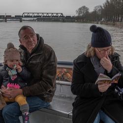 Over de IJssel bij hoog water