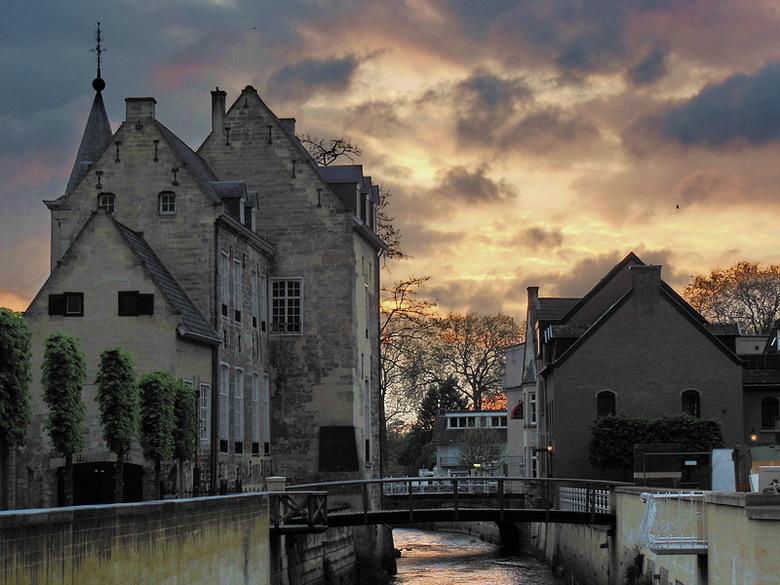 Valkenburg - Valkenburg aan de Geul.<br /> Prachtig stadje, waar je je in het buitenland waant.