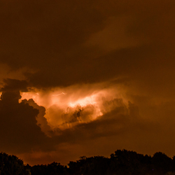 onweer vanuit het slaapkamerraam