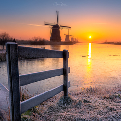A cold morning in Kinderdijk