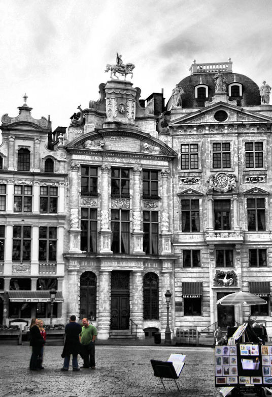grote markt brussel - Prachtig marktplein,de Grote markt in Brussel.Hier nog lekker rustig maar daar kwam al snel verandering in<br /> Fijn weekend<b