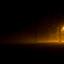 Eenzame lantaarn in de mist