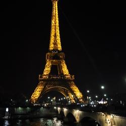 Eiffeltoren met brug over de Seine