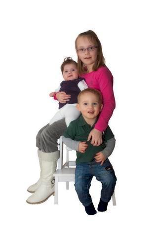 de kleinkids - Eindelijk een foto gemaakt van mijn kleinkinderen, wel wat moeten shoppen.....