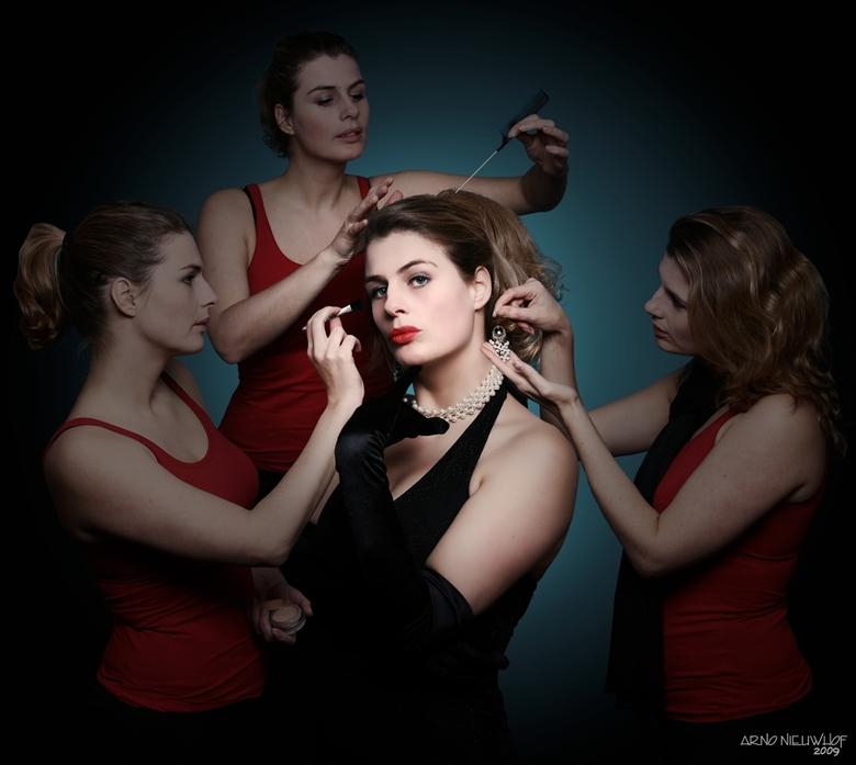 Ego - Model: Suzan Vermeulen (4x)<br />