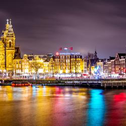Amsterdam in de avond uren.