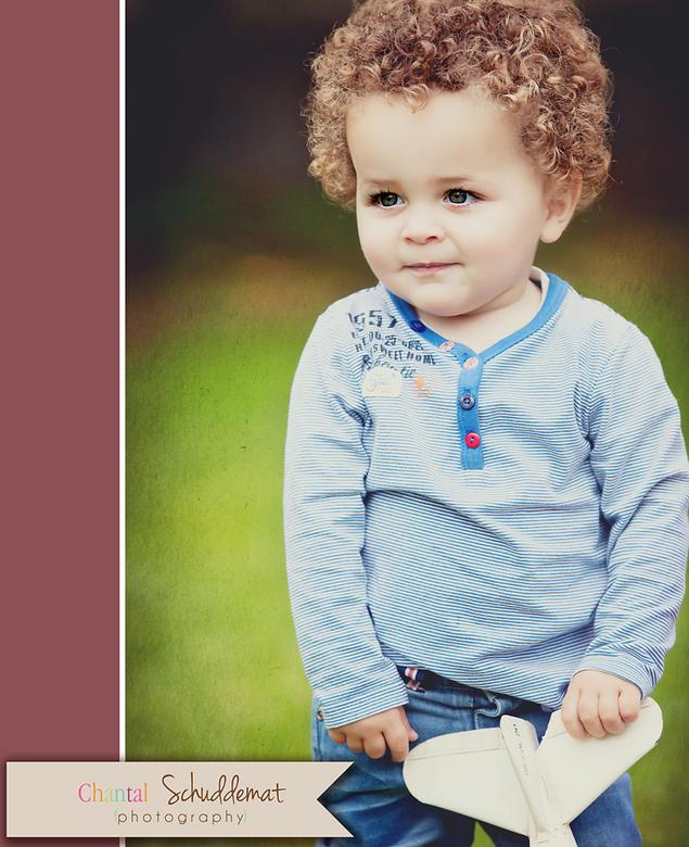 """Beautyfull little boy - Een kinder fotoreportage, is hij niet enorm schattig en ondeugend <img  src=""""/images/smileys/smile.png""""/> #inlove"""