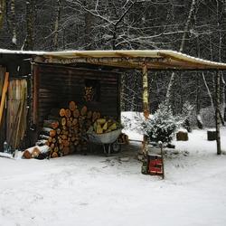 Hut....
