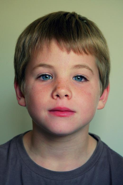 Portrait Jon - Mijn buurjongtje