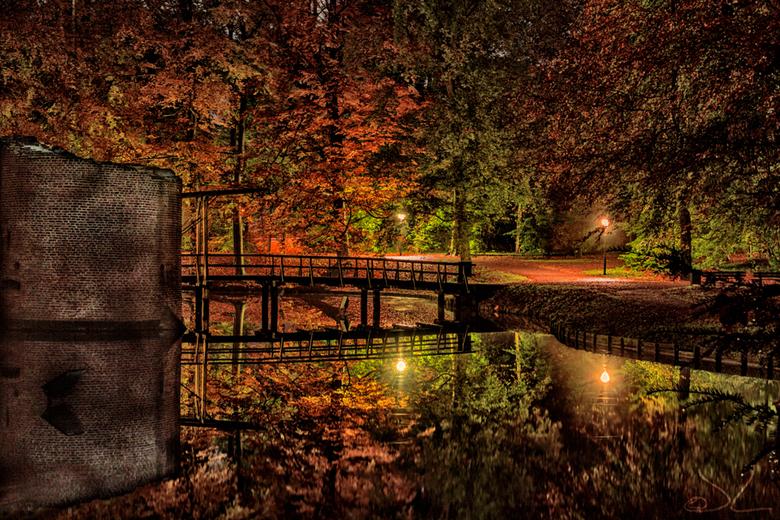 Brug van kasteel Duurstede - Deze foto is gemaakt op een avond wandeling rond het kasteel Duurstede in Wijk bij Duurstede.<br /> <br /> Eerst was he