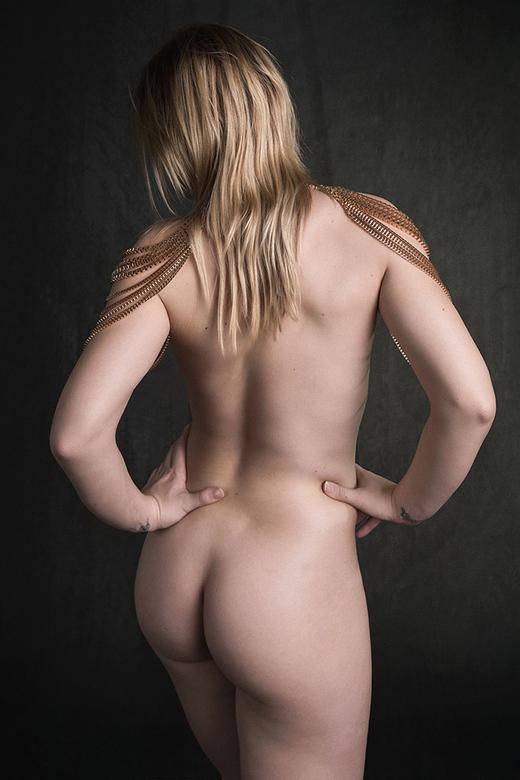 blonde girl with golden necklace - model Ija
