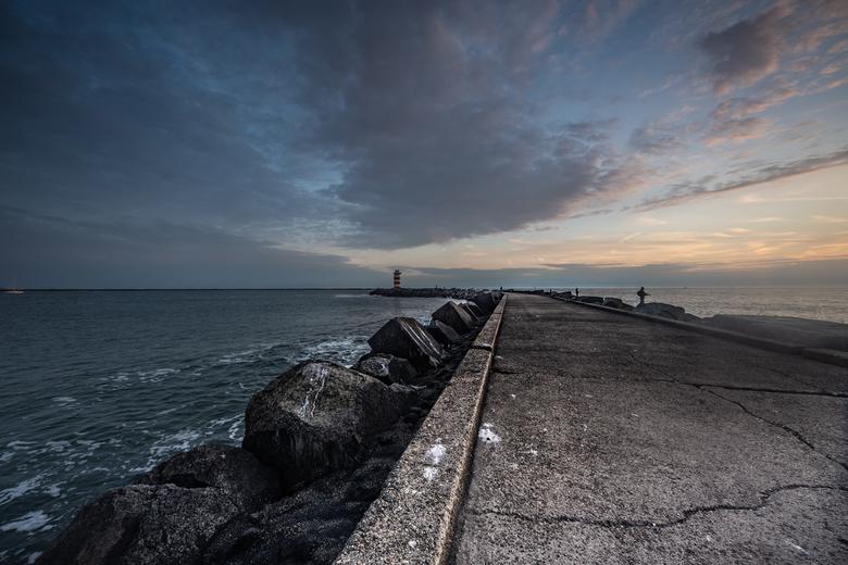 Noordpier - Noordpier Wijk aan Zee, 9 juni. <br /> D750, 15mm F4 ISO 320, 1/60 sec
