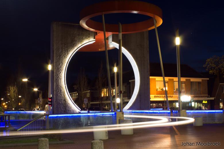 Cartrail bridge - Nachtfotografie in Stadskanaal nabij het centrum.