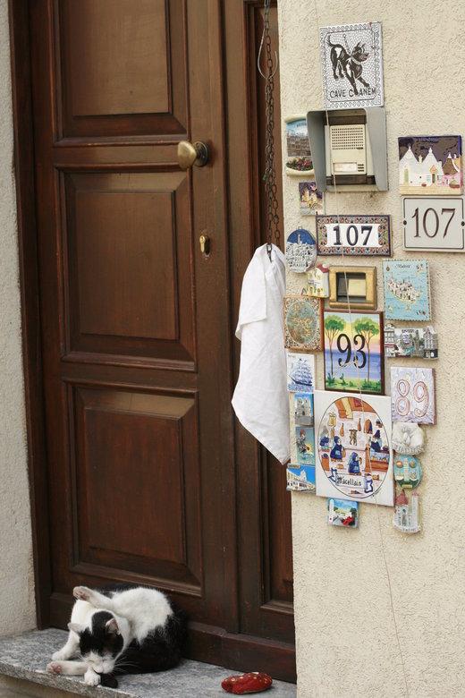 Genummerde deur