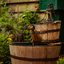Water fontijn bij oma in de tuin