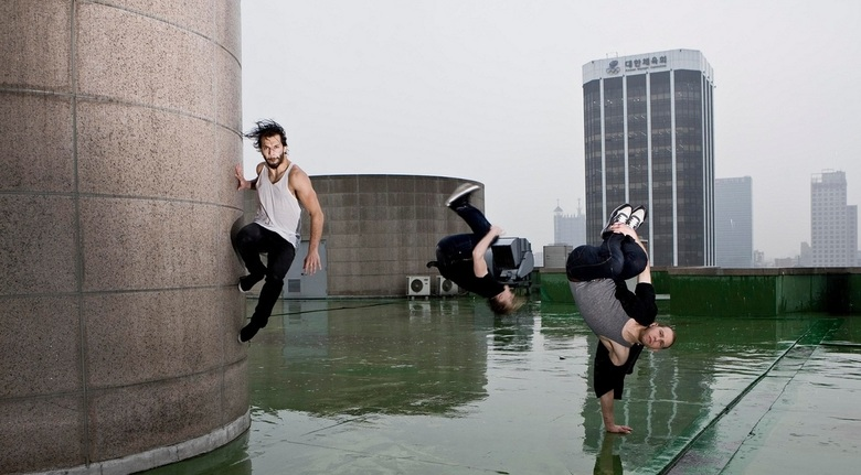 Speed and Gravity - In Korea, Breakdancers