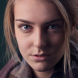Model: Chantal