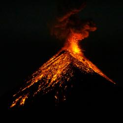 Eruptie van vulkaan Fuego, Guatemala