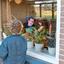 Bij Oma op raambezoek