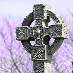 Cross op Holy Island, England