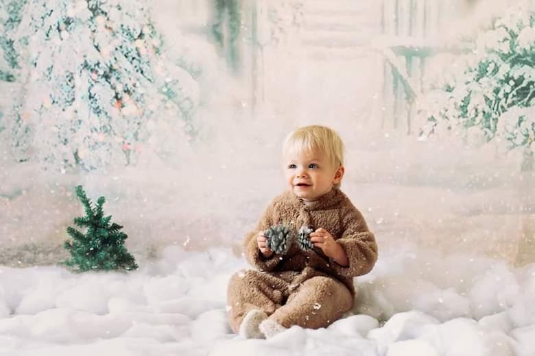 Christmas mini - Mijn lieve meisje in de thuis studio.<br /> Natuurlijk licht. <br /> Iso 400<br /> 1/250<br /> 1.8