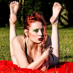 luna redhead aant zonnen