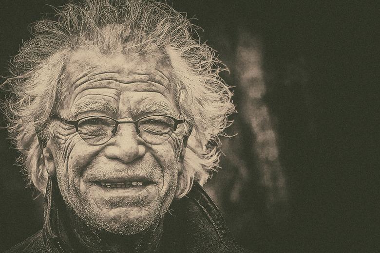Losing My Way - Blijf gezond<br /> gr.Rob<br /> <br /> Wat fijne moderne jazz van:<br /> Fkj &amp; Tom Misch - Losing My Way<br /> <br /> <a hre