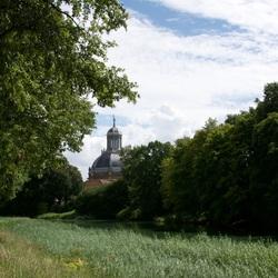 Veersesingel zicht op Oostkerk