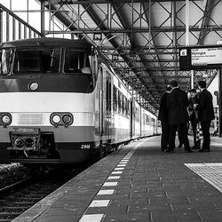 Overleg op´t station