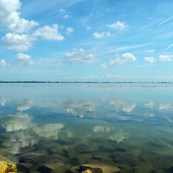 Spiegel in het ijsselmeer