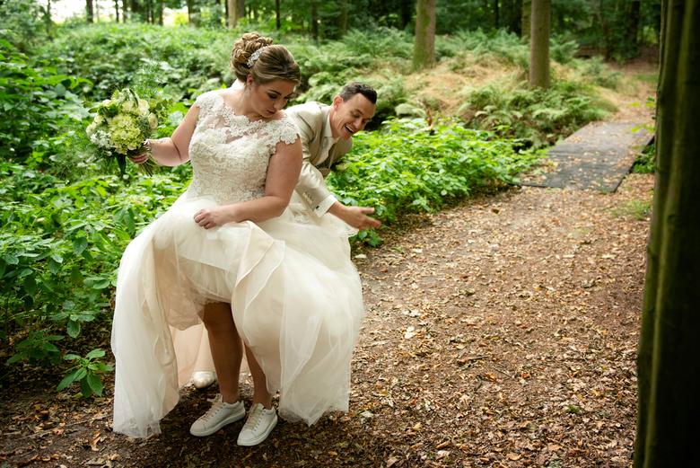 lol - Ik hou ontzettend van deze spontane momentjes.<br /> De jurk is meestal een soort vliegenvanger.