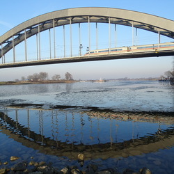 ICE over de Lekbrug