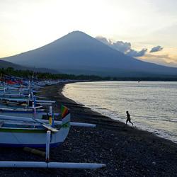 De prachtige baai van Amed - Bali