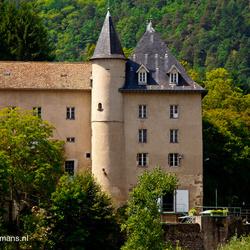 Huis bij brug in Lavoute-sur-loire