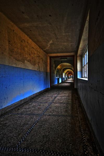 Aan het eind van de tunnel - ......een school zonder leerkrachten!