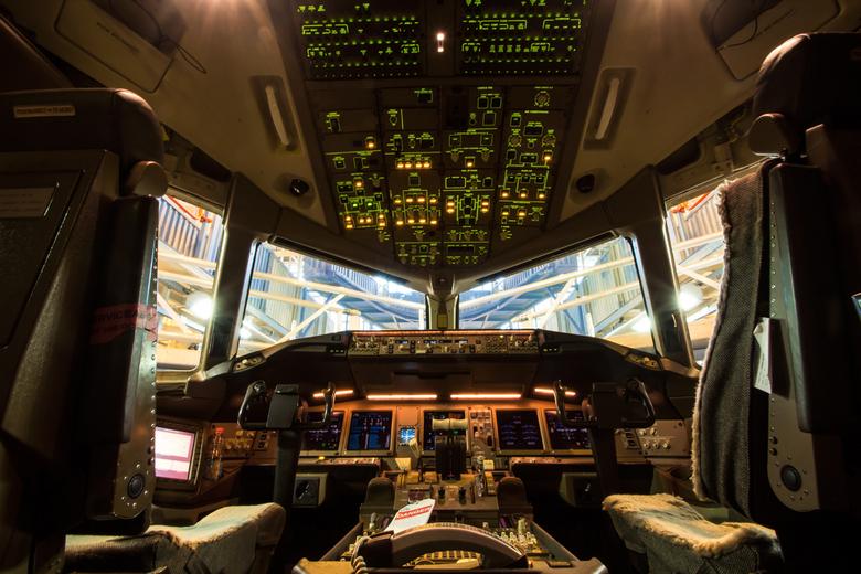 Boeing 777-206 (er) - KLM