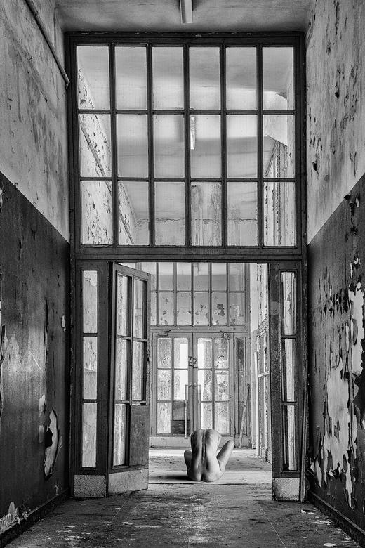 wanhoop - in deze gebouwen werden tussen 1939 en 1943 meer dan 500 geestelijk gehandicapten 'geëuthaniseerd'