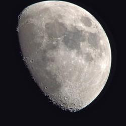 Maan 1