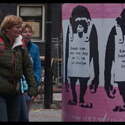 En ...? Het is iets met aapjes..of zo iets !!!