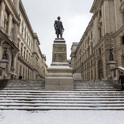 Statue of Robert Clive @London